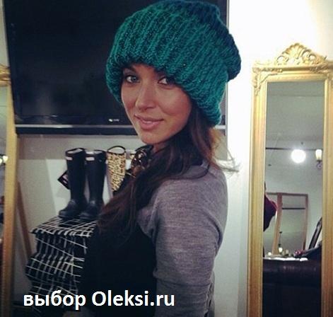 алсу в модной шапке 2014