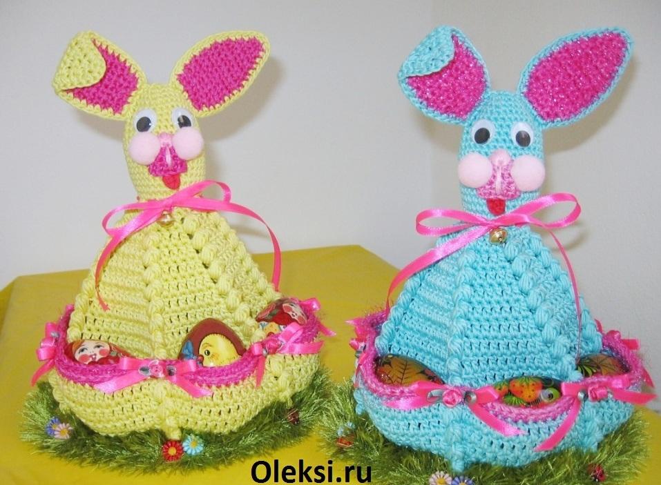 вязаные пасхальные зайчики с карманами для яиц