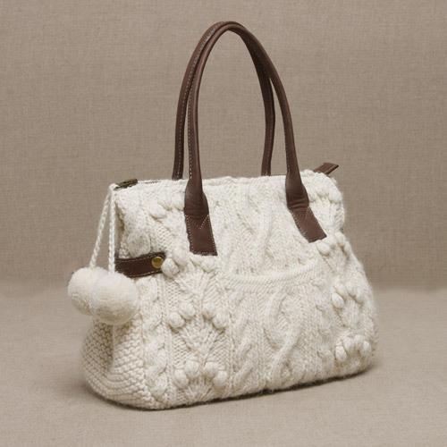 Вязание спицами модели сумки по бесплатной схеме.  Панель (вязать.