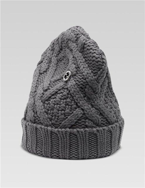 шапка связаная спицами