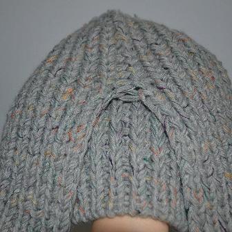 вязаная шапка 2012 вид сзади