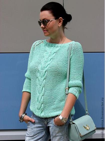 свитер цвета мяты