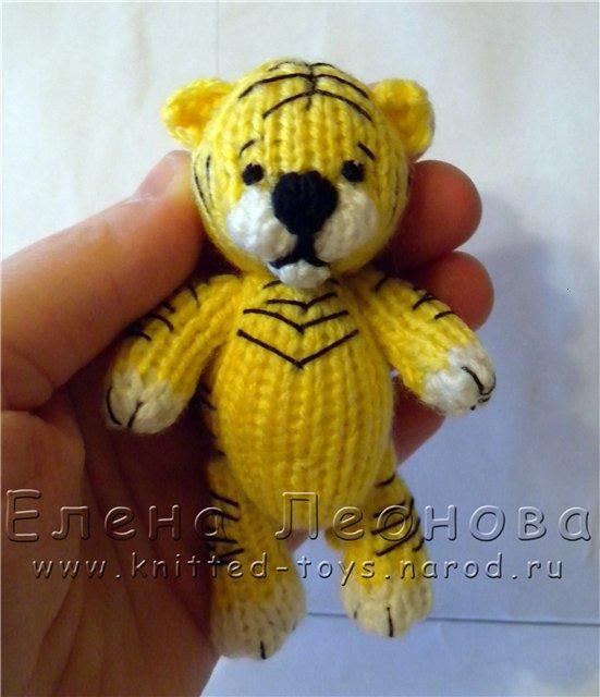 tigrik4.jpg вязаный тигр