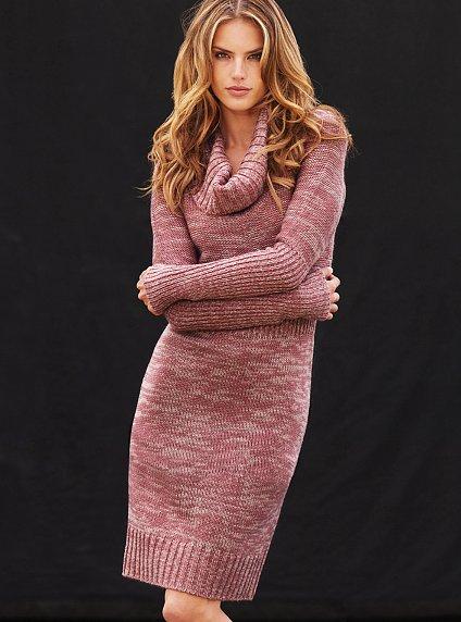 модель вязаного платья